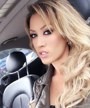 Molly Cavalli lesbijskie porno